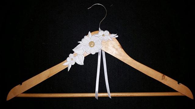 hanger-05